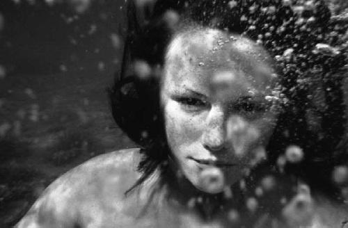 Underwater... by mikestern