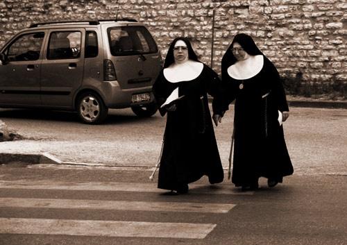 Tuscan Nuns by minoltaandy