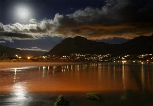 Moonlight #2 by John-LS