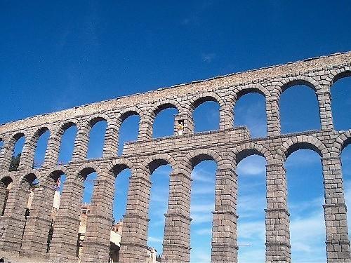 Roman Aqueduct by cats_123