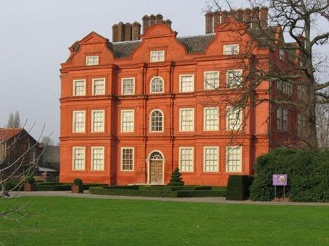 Kew Palace by chrisskipp