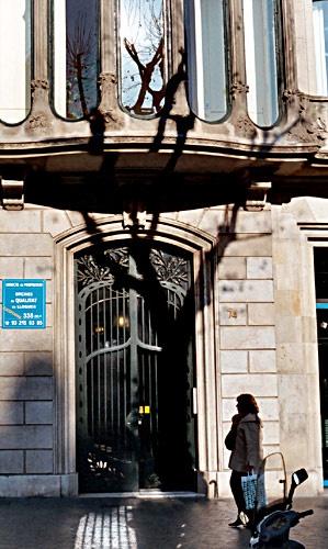 74 Passeig De Gracia, Barcelona by peterh