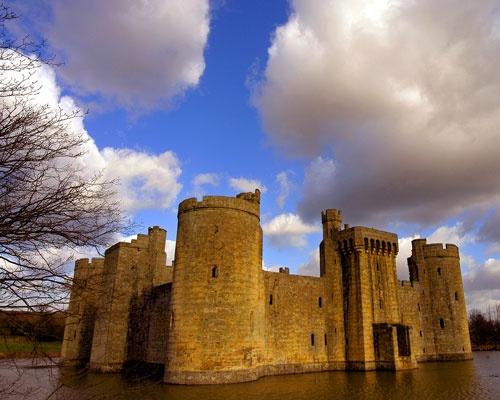 Castle by nikguyatt