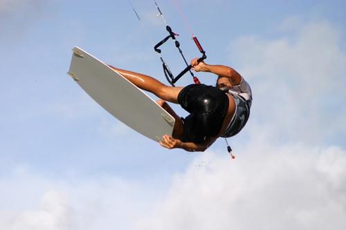 Flying high... by adamm