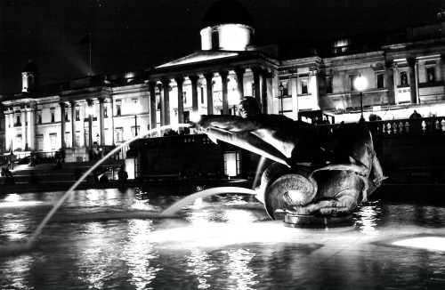 Trafalgar Square by kaym
