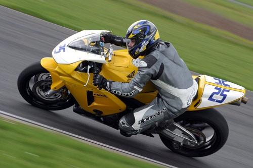 Honda CBR 600 by srh