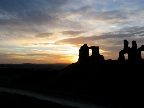 Sandal Castle Sunset by dannyg