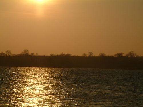 Sunset at Rutland by yteddie