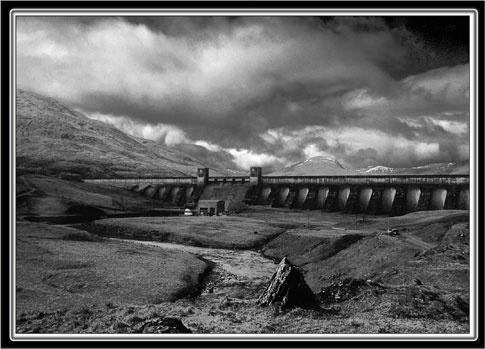 Dam at Lock Lyon by em0231