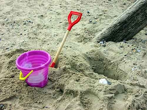 Bucket and spade by saxon_image