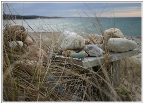 Pebbles by moggo