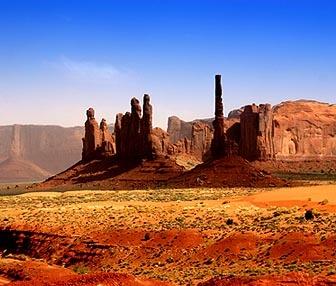 Munument Valley Pinnacle by rusmi