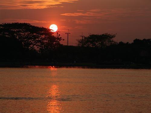 Sun down by markah
