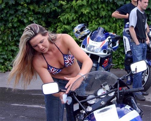 Bikini Bikewash by tonyb55