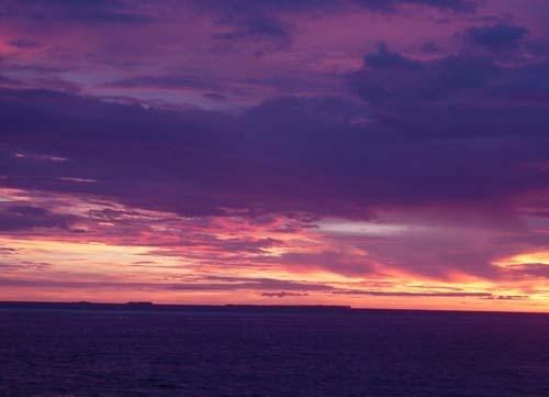 Maldivian Sunrise by hels bels