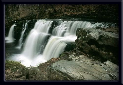 Afon Mellte Waterfall by eos3
