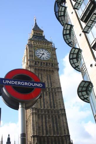 London by DarrylWilliams