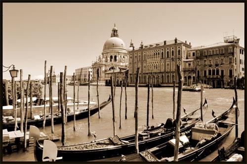 Venice by nikguyatt