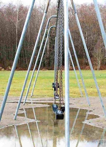 Swings by ckurle