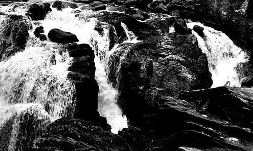 Mountain Stream by hattrick