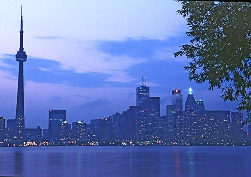 Toronto Skyline by minoltaandy