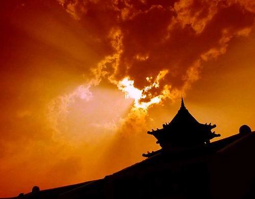The Burning Sky by ariandino