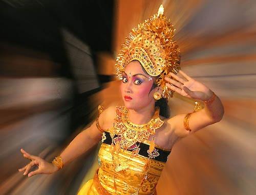Balinese Dancer by ariandino