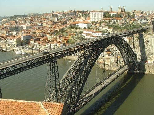 Bridge  at  Oporto. by loosecanon