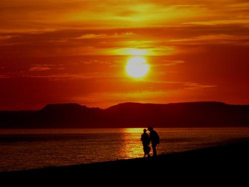 walk on the beach by nj