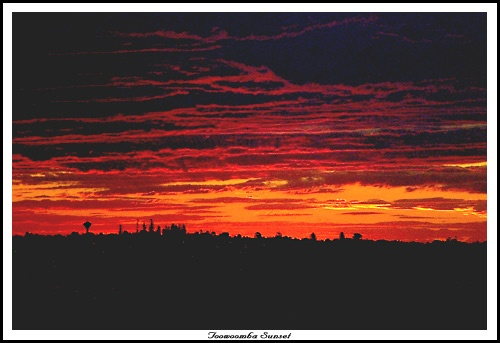 Toowoomba Sunset by eafy
