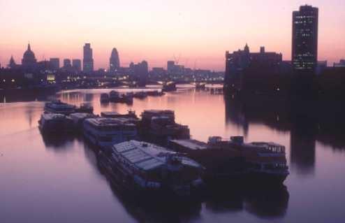 Waterloo Bridge 2 by rockpool
