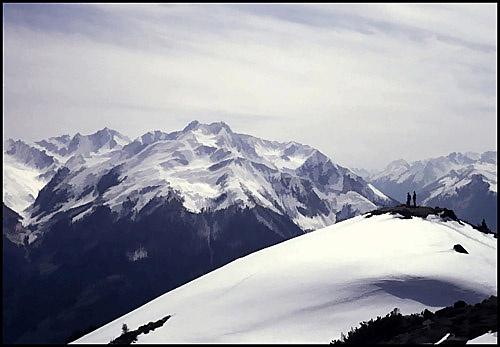 Snowpeaks by seejayess