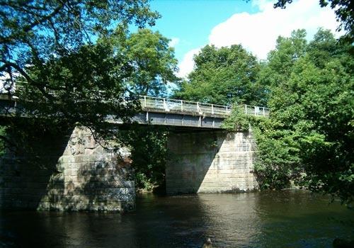 Disused Bridge by choosethefinetime