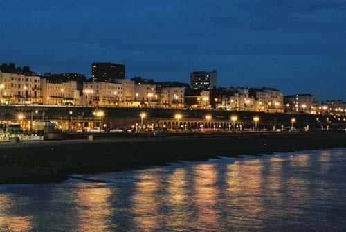 Brighton Evening by grumpalot