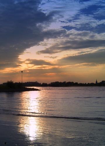 Waal River by conrad