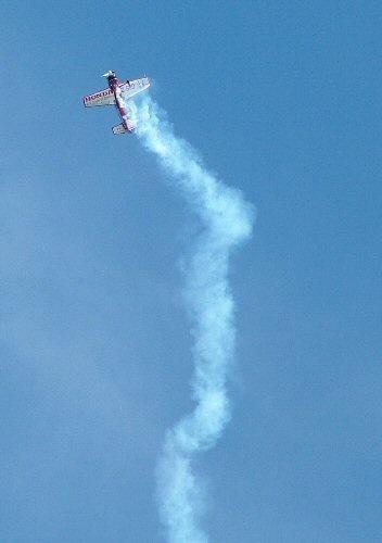 Stunt plane by carriebugg