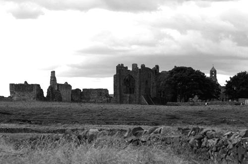 Lindisfarne Priory by bytorphoto
