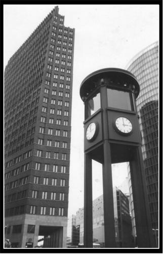Potsdamer Platz by jochen