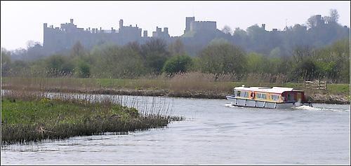 Arun River Boat by gazleton