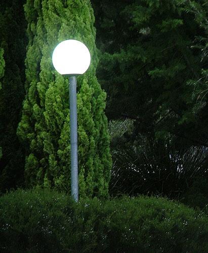 Moonlight Garden by pea