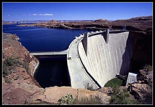 Lake Powell & Glen Canyon Dam - Utah by seejayess