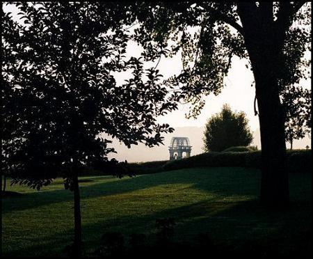 Morning comes to Niagara by kadisu