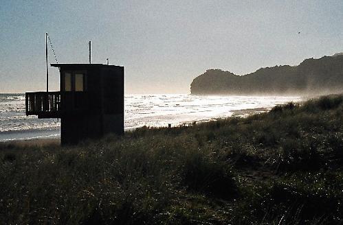 Piha Beach by abtayler