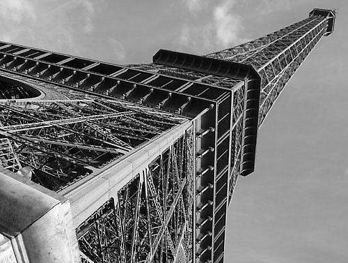 Eiffel angle by leedewey