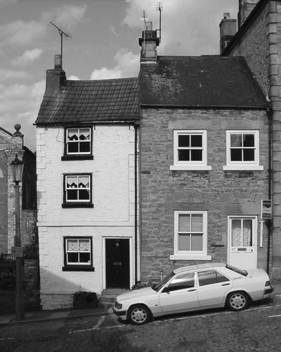 Small Dwellings by choosethefinetime