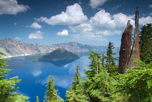Crater Lake by devonshire