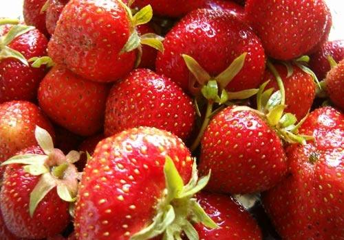 Strawberry Heaven by choosethefinetime