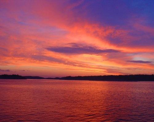 Midsummer Sky by lanttis