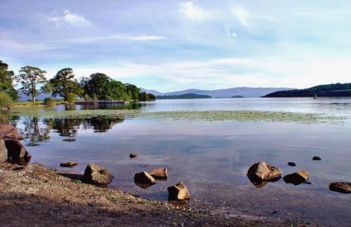 Bonny Banks of Loch Lomond by Taff