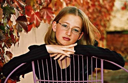 Autumn Girl by LourensdB